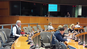 Sanátor Tomáš Pfeiffer na Mezinárodní konferenci o CAM v Evropském parlamentu (na archivním snímku z 16. října 2017).
