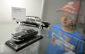 Druhý ročník rodinného festivalu Přísekohraní, který 4. srpna 2018 představil návštěvníkům některé české hračky, se uskutečnil v Muzeu autíček v Přísece u Jihlavy. Součástí byla i výstava modelů prezidentských aut a papamobilů.