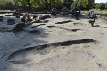 Archeologové v těchto dnech dokončují další z částí výzkumu ve velkomoravské lokalitě Pohansko u Břeclavi. Snímek je z 9. srpna 2018.