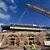 Demontována je i druhá část železničního mostu v pražském Karlíně