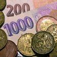 Ilustrační foto - Peníze, bankovky, česká měna, koruna, úspory - ilustrační foto.