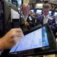 Obchodníci na akciové burze v New Yorku - ilustrační foto.
