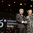 Předsedkyně poroty Meryl Streepová a ředitel festivalu Dieter Kosslick zahájili 66. ročník Berlinale.