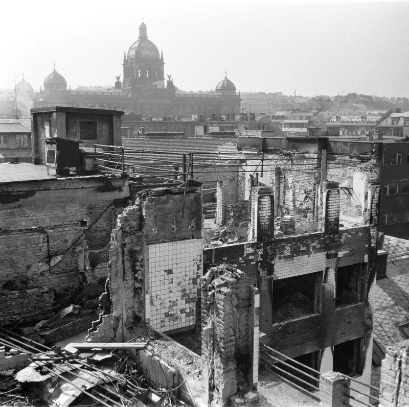Budova ČTK v Opletalově ulici po požáru 8. května 1945
