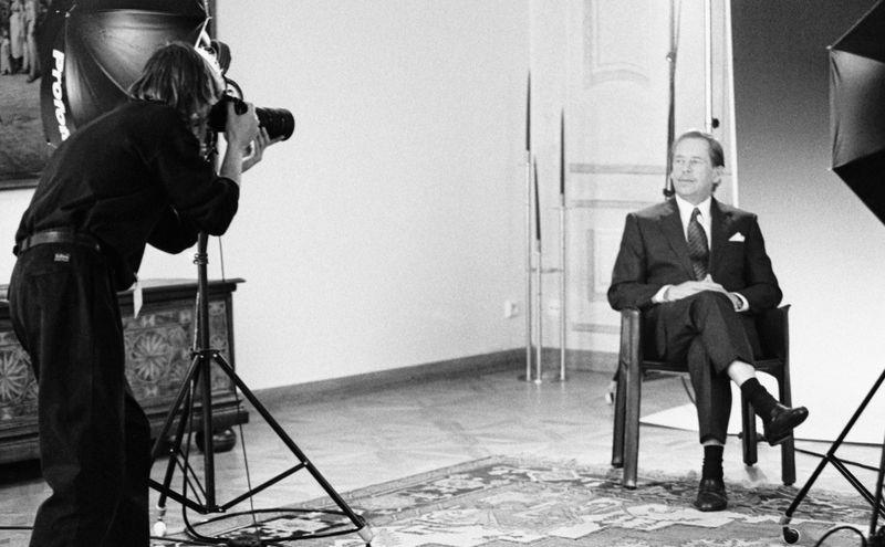Fotografování prezidenta republiky Václava Havla na Pražském hradě. 27. ledna 1993