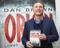 Americký spisovatel Dan Brown na knižním festivalu ve Frankfurtu nad Mohanem.