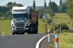 Ilustrační foto - Kamion na silnici. Ilustrační foto.