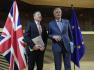 Ilustrační foto - Vyjednevači Evropské unie Michel Barnier (vpravo) a Británie David Frost na snímku pořízeném z 2. března 2020 v Bruselu.
