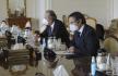 Generální ředitel Mezinárodní agentury pro atomovou energii (MAAE) Rafael Grossi (vpravo) a íránský ministr zahraničí Mohammad Džavád Zaríf.