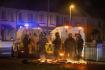 Policisté zasahují proti pouličním násilnostem v Severním Irsku.