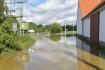 Bouřky a intenzivní déšť 9. července 2021 zvedly hladinu řeky Úslavy v plzeňské části Koterov.