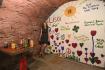 Eva Ticháková, zakladatelka muzea The Lennon Wall Story, pózuje 22. července 2021 v Praze pro fotografy u příležitosti otevření expozice pro veřejnost.