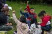 Zhruba 20 vietnamských dětí z Vyššího Brodu a okolí se zdokonaluje v češtině a v české kultuře na česko-vietnamském táboře v Krasetíně na Českokrumlovsku.