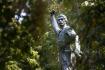 Pomník Karla Havlíčka Borovského v parku Budoucnost v Havlíčkově Brodě, kde si lidé 11. září 2021 připomněli 200 let od narození tohoto významného českého novináře a literáta.
