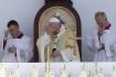 Ilustrační foto - Papež František slouží mši při návštěvě Budapešti.