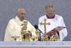 Papež František slouží mši svatou v Šaštíně na závěr návštěvy Slovenska, 15. září 2021.