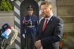 Předseda SPD Tomio Okamura hovoří s novináři po setkání s prezidentem Milošem Zemanem 22. září 2021 na zámku v Lánech na Kladensku.