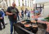 Maďarské gastronomické speciality z oblasti Baranya provoněly 27. září 2021 historické centrum Olomouce, kde vyvrcholil letošní Česko-maďarský rok. Návštěvníci mohli ochutnat typické speciality, piva i vína, na  otevřeném ohni vařil šéfkuchař Zoltán Teleky fazolový kotlíkový guláš.