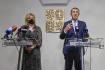 Premiér Andrej Babiš a ministryně financí Alena Schillerová vystoupili 20. října 2021 v Praze na tiskové konferenci po mimořádném jednání vlády.