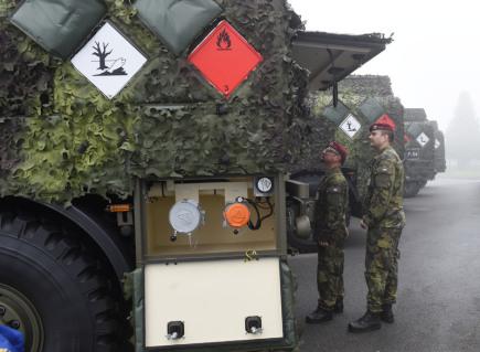 Česká armáda slavnostně předala 17. října v Centru zabezpečení materiálem technických služeb ve Štěpánově na Olomoucku pět modernizovaných cisternových automobilů CAP-6M1 příslušníkům 14. pluku logistické podpory a 4. brigády rychlého nasazení.