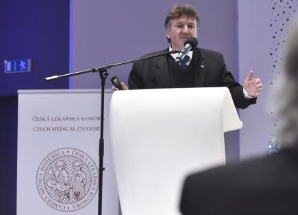 Prezident České lékařské komory Milan Kubek.