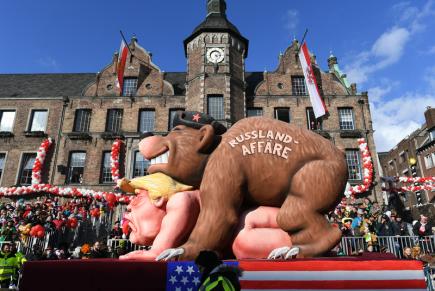 Karnevalový průvod v německém Düsseldorfu, na snímku figurína amerického prezidenta Donalda Trumpa.