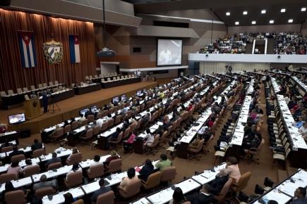Kubánský parlament  zasedá kvůli volbě nového prezidenta.