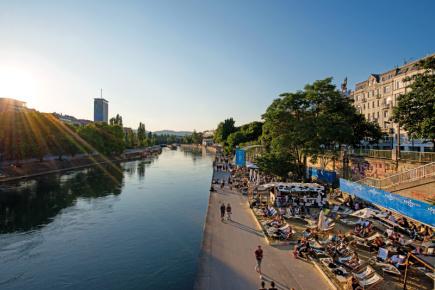 Donaukanal ve Vídni.