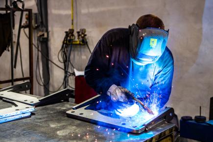Plán: Náročné profese by mohly chodit do penze dřív od roku 2023