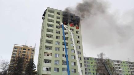 Požár v Prešově hasiči definitivně uhasili až dnes ráno