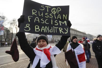 V Minsku protestují stovky lidí proti integraci země s Ruskem