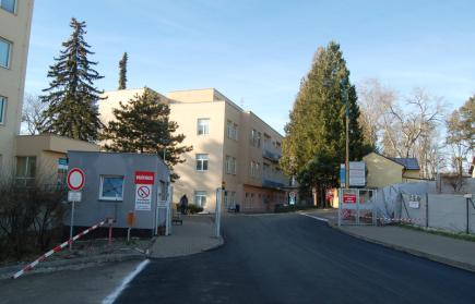 Benešovská nemocnice se začne vracet k běžnému provozu
