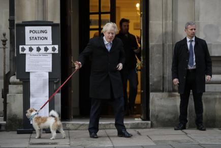 Média: V Bruselu odhadované přesvědčivé vítězství Johnsona vítají