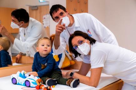 Klinika dětské neurologie 2. LF UK a FN Motol pomáhá již 50 let