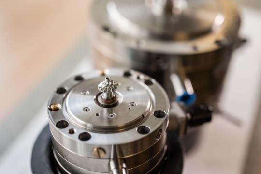 Kryogenní zařízení PBS pro zkapalňování plynů.