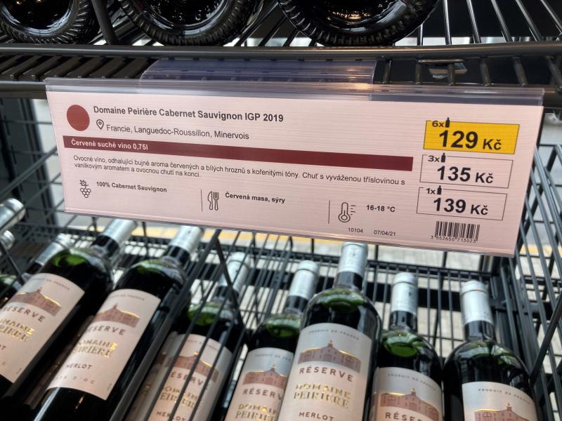 Pro zákazníky se otevřel největší obchod s vínem v Praze