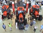 Na snímku je nový traktor Zetor Crystal.