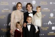 Chorvat Luka Modrič se svou rodinou.