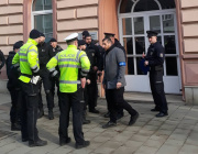 Policie evakuovala 21. února 2019 lidi z budovy Vrchního soudu v Olomouci, anonym nahlásil, že je tam bomba. Soud měl rozhodovat v kauze metanol, jednání ale zřejmě podle mluvčího soudu nebude.