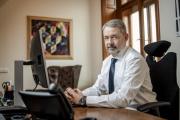 Prezident a předseda představenstva holdingu Česká Zbrojovka Group Lubomír Kovařík je vyškoleným pilotem. V současnosti už ale z časových důvodů nelétá, dokonce mu i propadla licence.