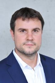 Tajemník UCEEB Jakub Dytrich