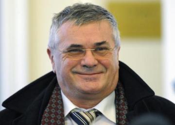 Pražský městský soud zprostil 23. února obžaloby známého pražského advokáta Jiřího Teryngela. Podle žalobců se podílel na stomilionovém daňovém úniku při obchodu s cigaretami, údajně také donutil podnikatele podepsat směnku na 80 milionů korun.