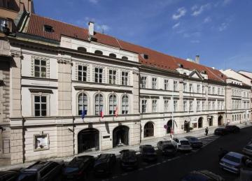 Lidový dům v Praze (na snímku z 29. července 2009).