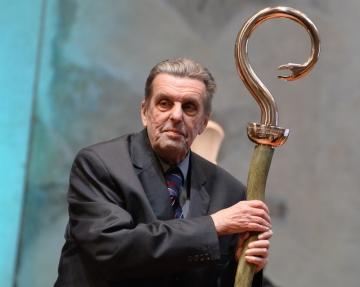 Český filozof, vysokoškolský profesor a publicista Jan Sokol (na snímku z 5. října 2016) oceněný Nadací Dagmar a Václava Havlových Vize 97.