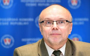 Ředitel Odboru legislativy, práva a analýz Hospodářské komory ČR Ladislav Minčič.