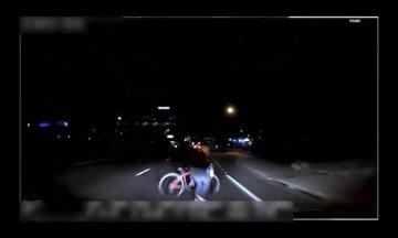 Videozáznam smrtelné nehody, při níž samořízený vůz firmy Uber zabil v noci na pondělí v americkém státě Arizona chodkyni, podle policie ukazuje, že žena náhle vstoupila autu do cesty (na snímku).