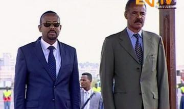 Etiopský premiér Abiy Ahmed (vlevo) a eritrejský prezident Issaias Afeworki na snímku 8. července 2018.