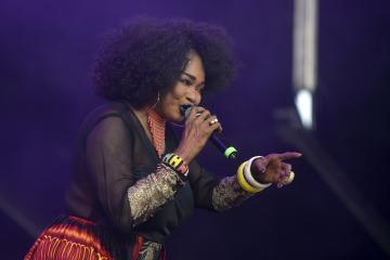 V Ostravě končil 21. července 2018 sedmnáctý ročník mezinárodního hudebního festivalu Colours of Ostrava. Na snímku je zpěvačka Oumou Sangaréová z Mali.