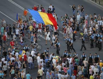 V centru Bukurešti se opět sešly tisíce lidí na protivládní demonstraci.