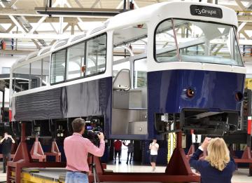 Pražský dopravní podnik ukázal 13. září 2018 v Praze, jak pokračuje práce na připravované tramvaji T3 Coupé.